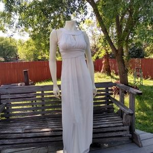 Dresses & Skirts - White gorgeous dress M